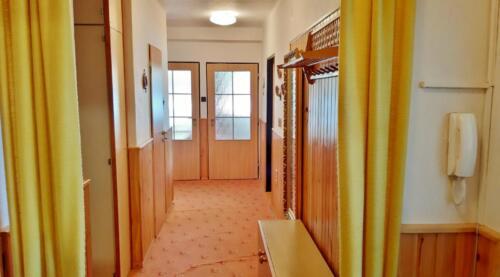 Byt 4+1 v osobním vlastnictví s garáží v Přerově na ulici Kabelíkova - chodba