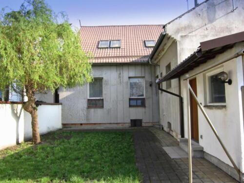 Rodinný dům Kojetín - dvůr